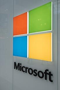 Microsoft dynamics vs salesforce