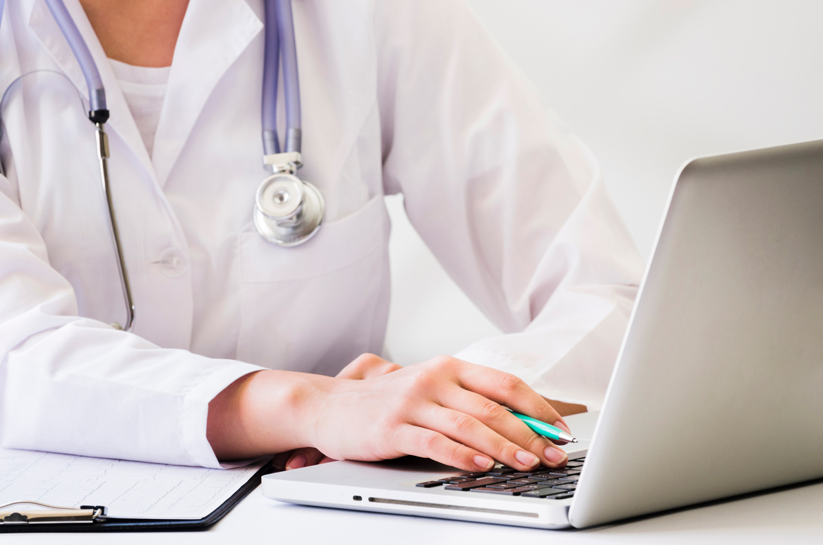 CRM in Healthcare: Five Reasons Health Professionals Need CRM Software